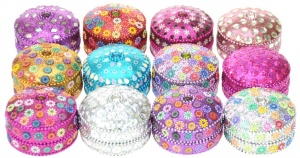NS01: Glittery Round Boxes - Large  (Pack Size 12)